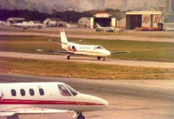 Imagen del Aeroparque Jorge Newbery - Cessnas Citation I y II en rodaje.